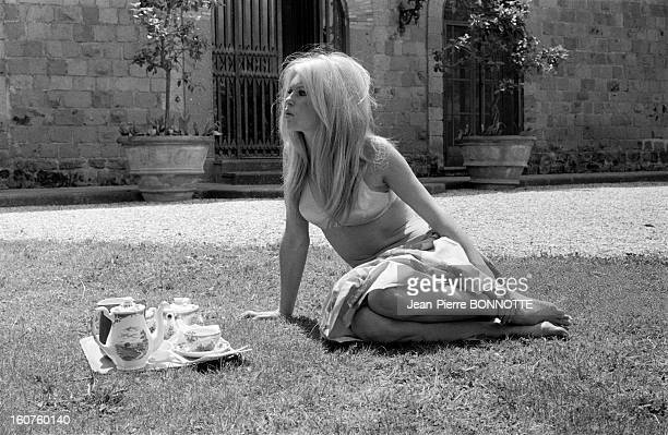 Brigitte Bardot in the garden of her house in May 1967 in Rome Italy