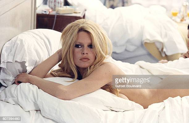 Brigitte Bardot on the set of Les Femmes