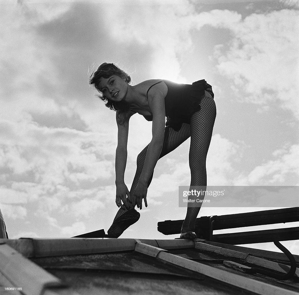 Brigitte Bardot Rehearse Dancing On The Roofs Of Paris ...