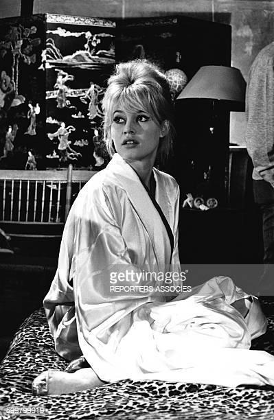 Brigitte Bardot sur le tournage du film 'Vie privé' réalisé par Louis Malle en 1961 en Italie