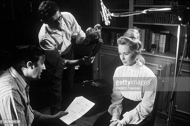 Brigitte CloseUp Of Fossey France 14 juillet 1966 lors du tournage du film 'Le Grand Meaulnes' l'actrice française Brigitte FOSSEY écoute le...