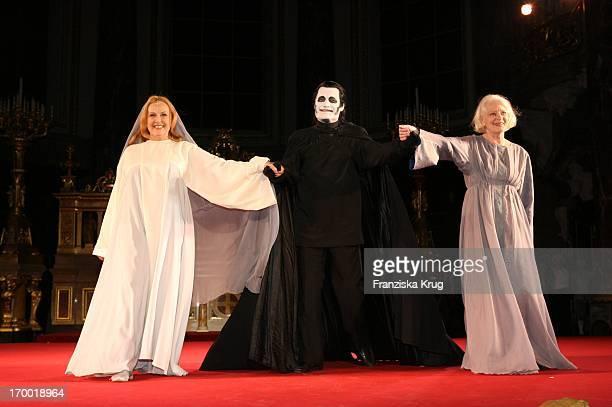 Brigitte Grothum Karl Walter Dies And Elisabeth Wiedemann at The Premiere everyone in the cathedral in Berlin 201005