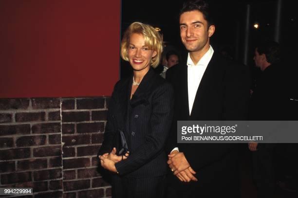 Brigitte Lahaie et un ami a la party pour les 10 ans de Canal Plus le 2 novembre 1994 a Paris France
