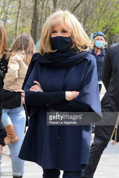"""Brigitte Macron attends """"Le Chat"""" : Philippe Geluck's Cat Statues Exhibition on March 26, 2021 in Paris, France."""