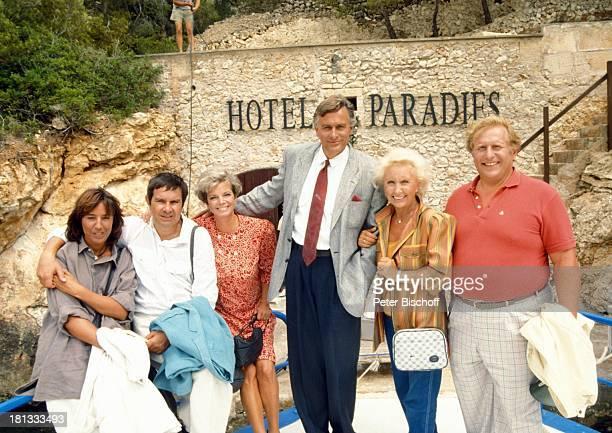 Brigitte Rokohl Gerd Baltus Grit Boettcher Klaus Wildbolz Edith Hancke Klaus Sonnenschein ZDFSerie Hotel Paradies Insel Mallorca Balearen Spanien...