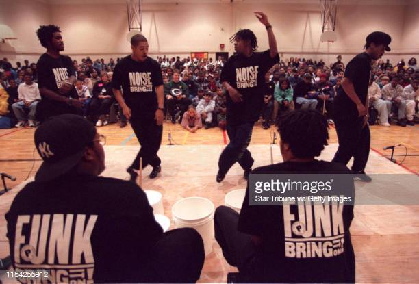 ìBring in Da Noise Bring in Da Funkî at Franklin Middle School The national tour cast of ìBring in Da Noise Bring in Da Funkî perform for the...