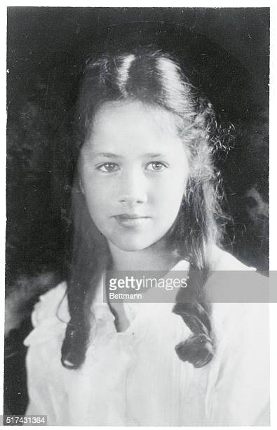 Diaries and Letters of Anne Morrow Lindbergh 19221928 is the personal record of a shy girl who grew up to be a successful writer and the wife of one...