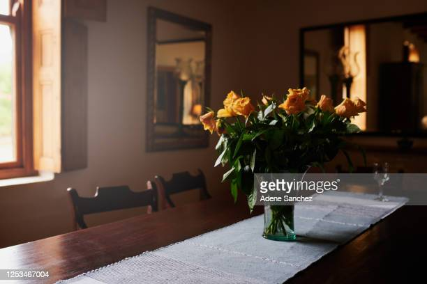 100 Art Deco Flower Arrangements Photos And Premium High Res Pictures Getty Images