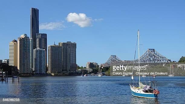 Brisbane River & boat