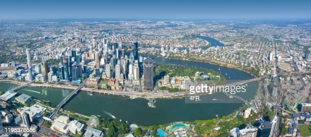 brisbane skyline, queensland, australie - brisbane photos et images de collection