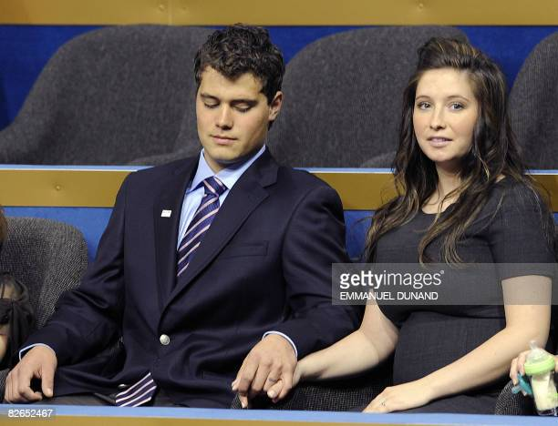 Bristol daughter of US vice presidential nominee Sarah Palin holds hands with boyfriend Levi Johnston at the Republican National Convention 2008 at...