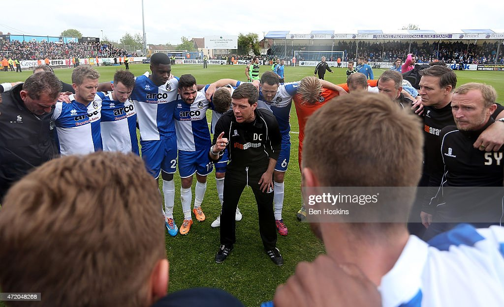 Bristol manager Darrell Clarke speaks with his players during the Vanarama Football Conference League Play Off Semi Final Second Leg between Bristol Rovers and Forest Green Rovers at Memorial Stadium on May 3, 2015 in Bristol, England.