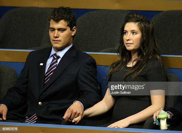 Bristol Palin daughter of presumptive Republican US vicepresidential nominee Alaska Gov Sarah Palin and her boyfriend Levi Johnston sit together on...
