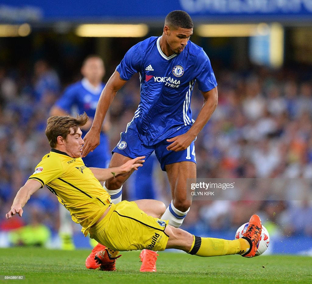 FBL-ENG-LCUP-CHELSEA-BRISTOL ROVERS : News Photo
