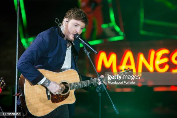 Brit singer James Arthur on the Assago Foum stage for the X Factor final episode Assago December 14th 2017