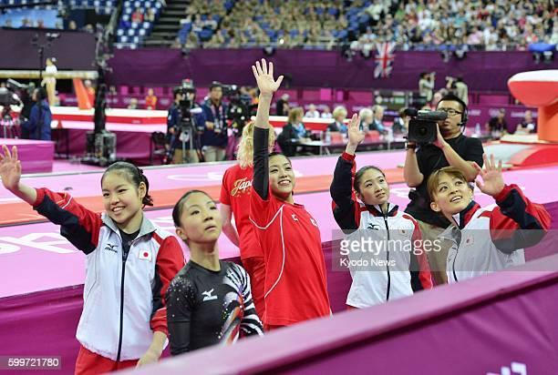 LONDON Britain Yu Minobe Asuka Teramoto Yuko Shintake Koko Tsurumi and Rie Tanaka wave to cheering spectators after the London Olympics women's...
