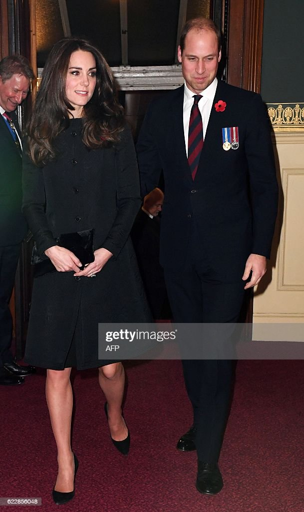 BRITAIN-HISTORY-MILITARY-ROYALS : News Photo