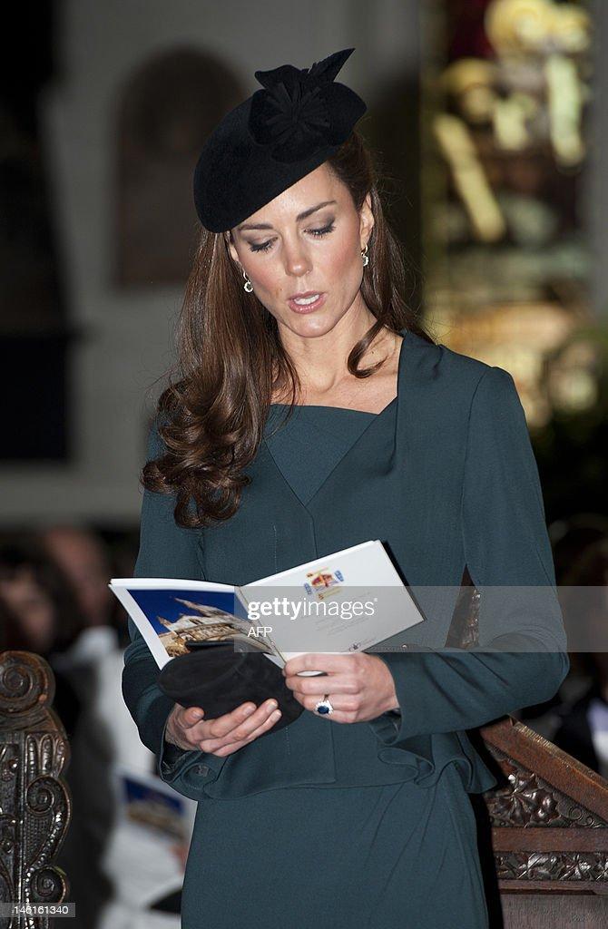 Britain's Catherine, Duchess of Cambridg : Nachrichtenfoto