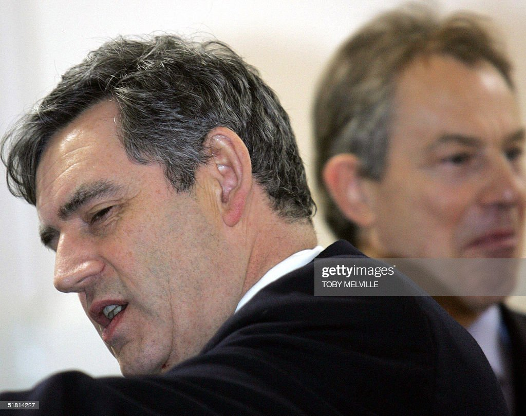 Britain's Chancellor of the Exchequer Go : News Photo