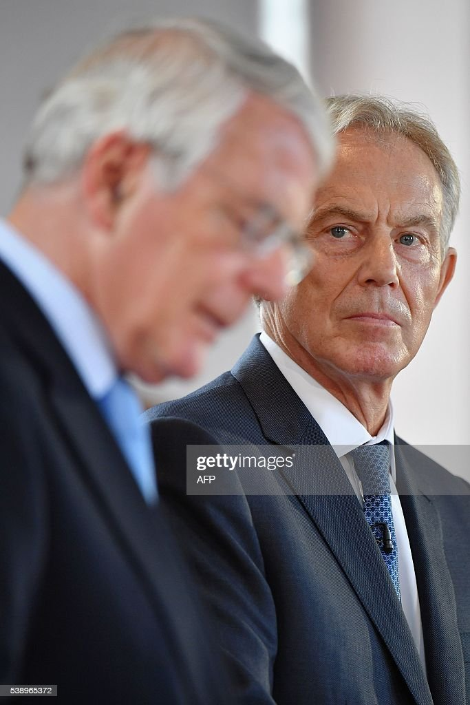 BRITAIN-NIRELAND-EU-POLITICS : News Photo