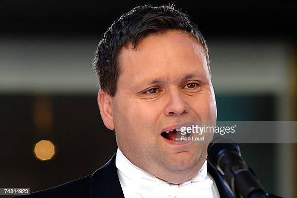 Britain's Got Talent winner Paul Potts performs on NBC's Today show on June 21 2007 in New York City