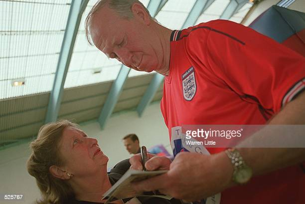 Britain's Jack Charlton from the winning World Cup Team of 1966 meet at White Hart Lane to raise awareness and funds for the Orchid Cancer Appeal...