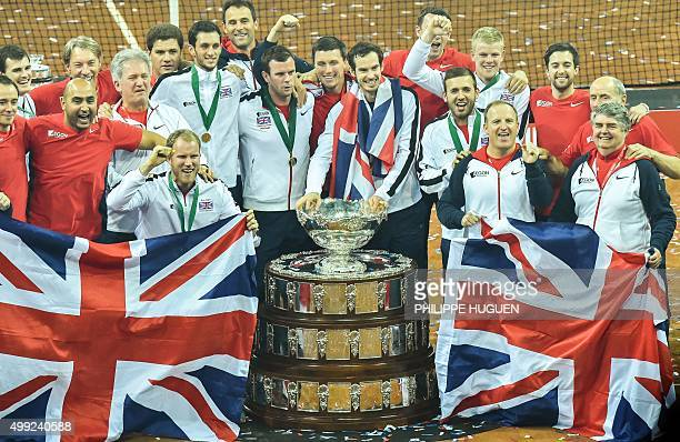 Britain's Jamie Murray Britain's James Ward Britain's Dominic Inglot Britain's captain Leon Smith Britain's Andy Murray Britain's Kyle Edmund and...
