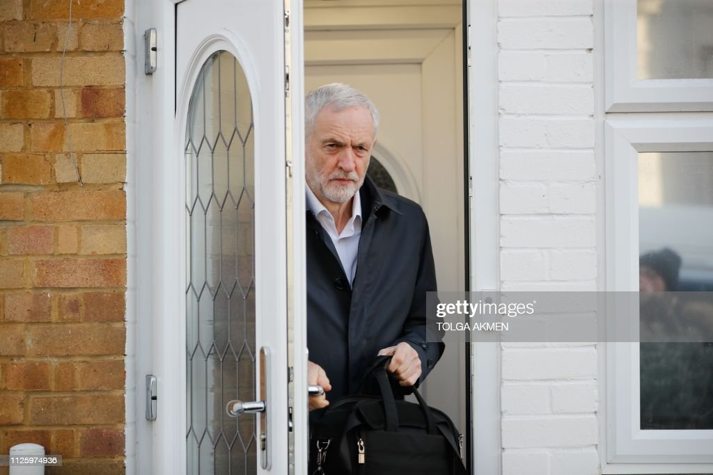 GBR: Jeremy Corbyn leaves home as eighth Labour MP quit the party