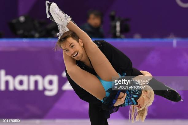 TOPSHOT Britain's Penny Coomes and Britain's Nicholas Buckland compete in the ice dance free dance of the figure skating event during the Pyeongchang...