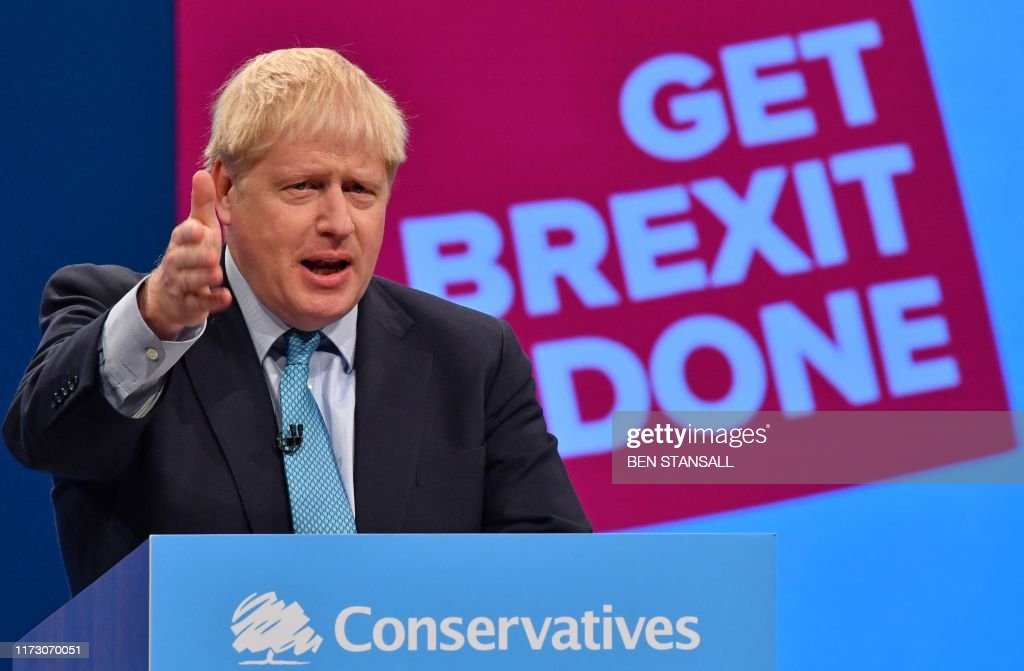TOPSHOT-BRITAIN-EU-POLITICS-BREXIT-CONSERVATIVE-CONFERENCE : News Photo