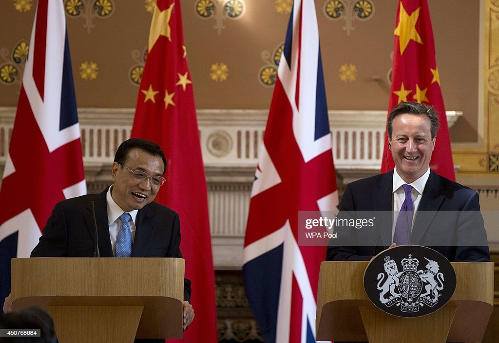 Chinese Premier Li Keqiang In The UK For First Official Visit : News Photo
