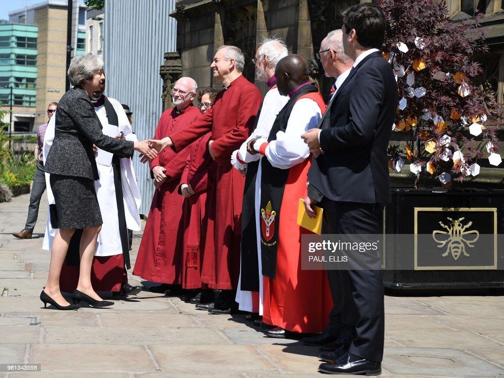TOPSHOT-BRITAIN-ATTACKS-ANNIVERSARY : News Photo