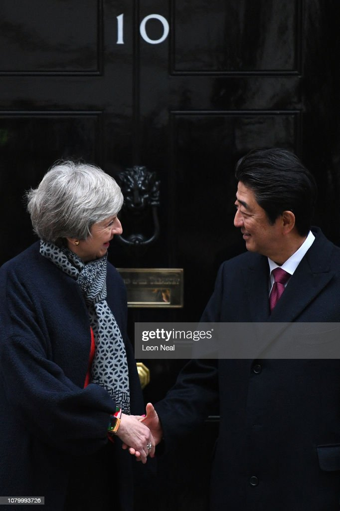 Theresa May Hosts Japanese Prime Minister Shinzo Abe : News Photo