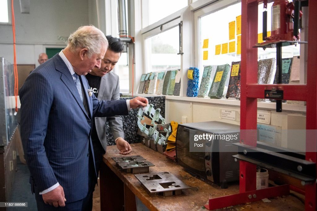 The Prince of Wales & Duchess Of Cornwall Visit New Zealand - Day 2 : News Photo
