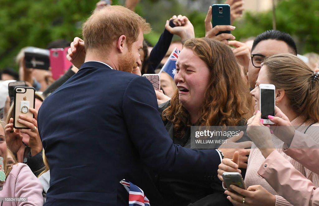 TOPSHOT-AUSTRALIA-BRITAIN-ROYALS : News Photo