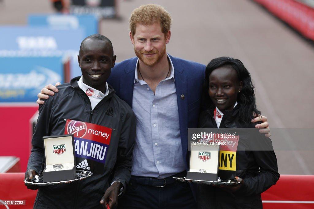 BRITAIN-ATHLETICS-MARATHON : News Photo