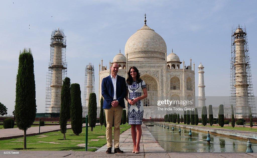 Britain's Prince William and his wife Catherine... : News Photo