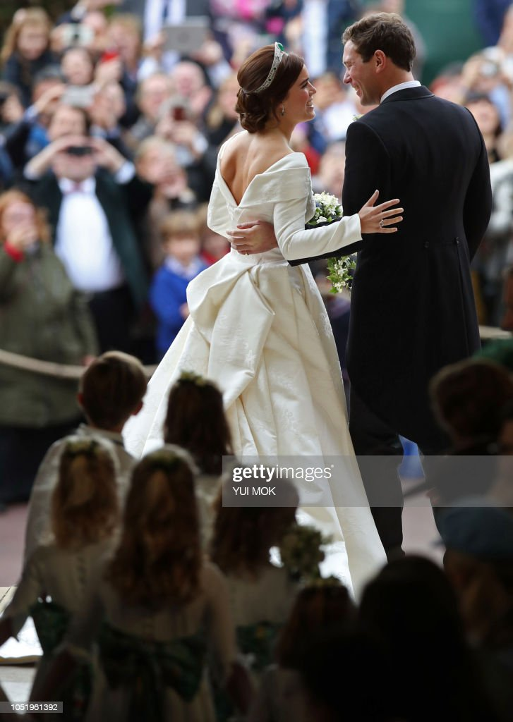 BRITAIN-ROYALS-WEDDING-EUGENIE-CEREMONY : News Photo