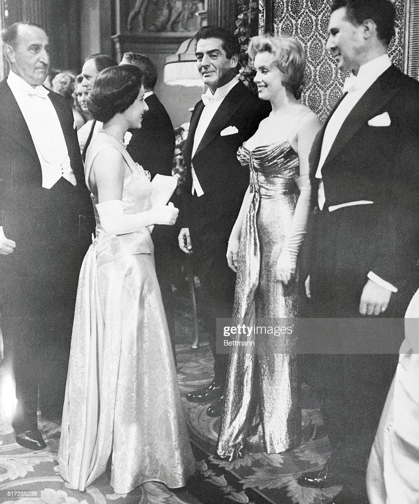 Marilyn Meets Princess : News Photo