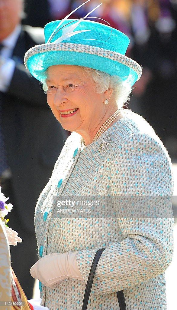 Britain's Queen Elizabeth II arrives for : News Photo