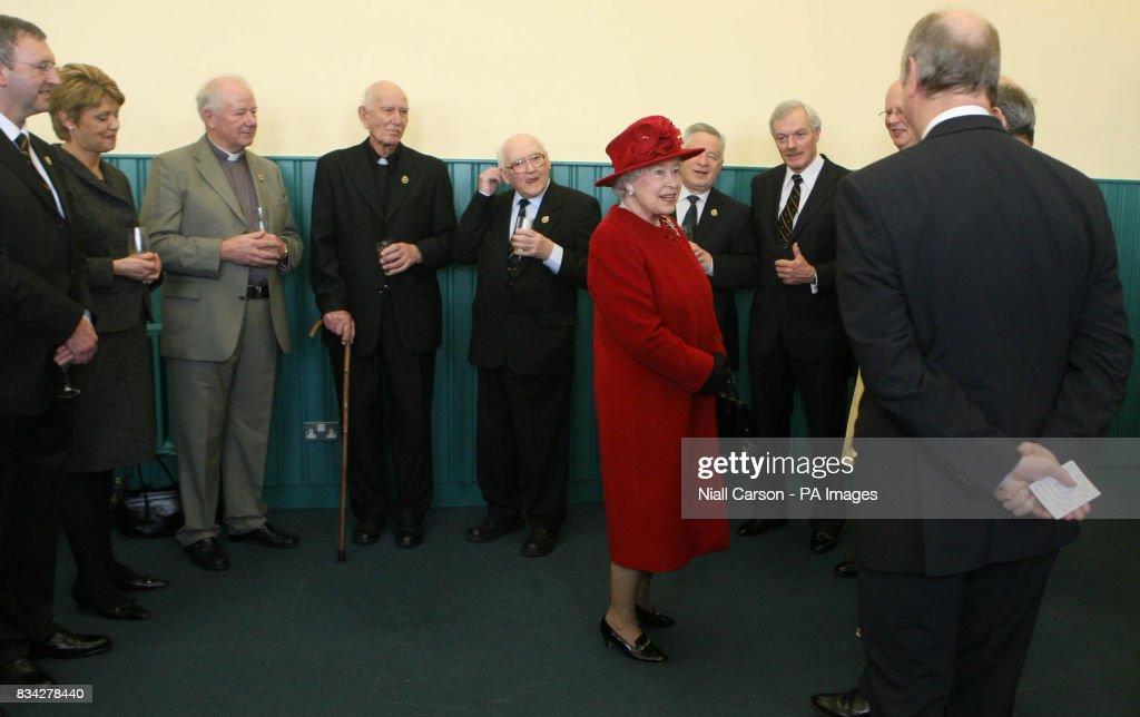 Queen Elizabeth II visits Northern Ireland : News Photo