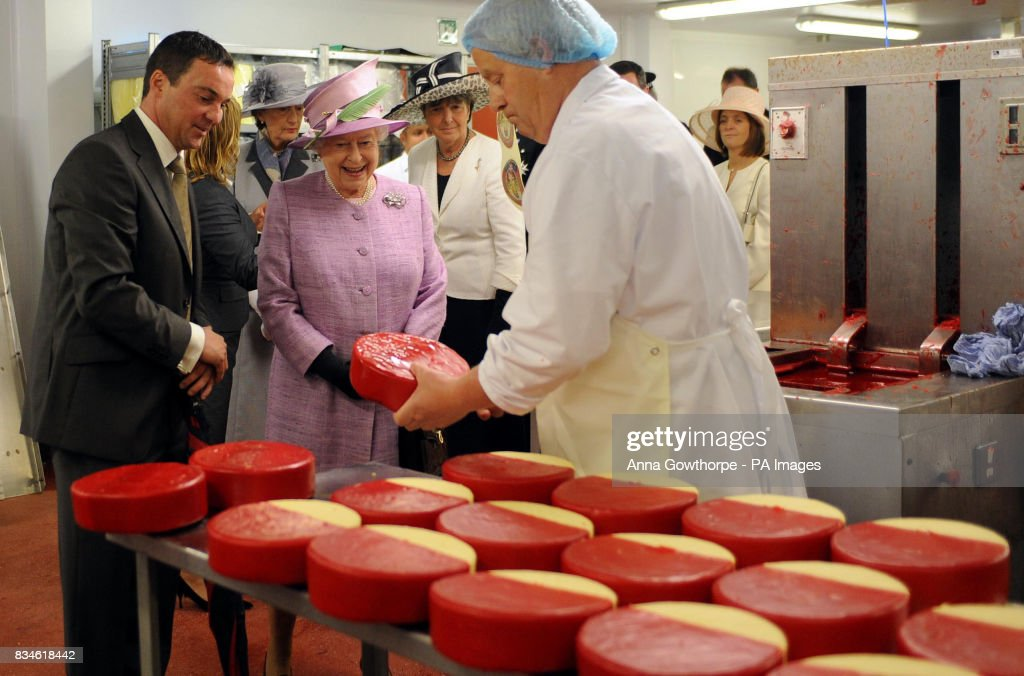 Queen Elizabeth II visits the North West : News Photo