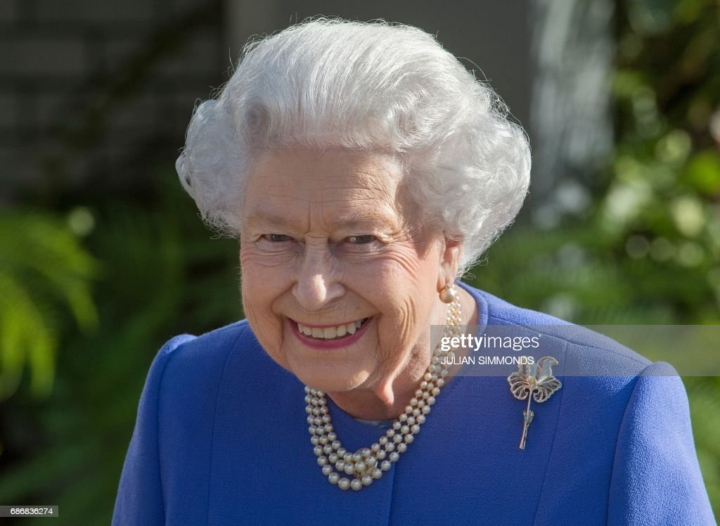 Britain's Queen Elizabeth II visits the Chelsea Flower Show in London on May 22, 2017. The Chelsea flower show, held annually in the grounds of the Royal Hospital Chelsea, opens to the public this year from May 22. /