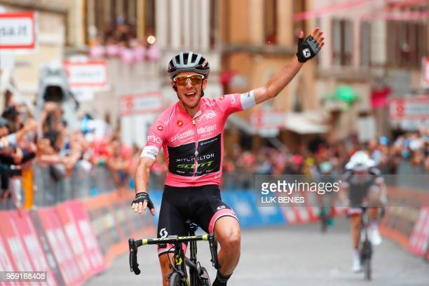 Britain's rider of team MitcheltonScott Simon Yates celebrates after winning the 11th stage between Assisi and Osimo during the 101st Giro d'Italia...