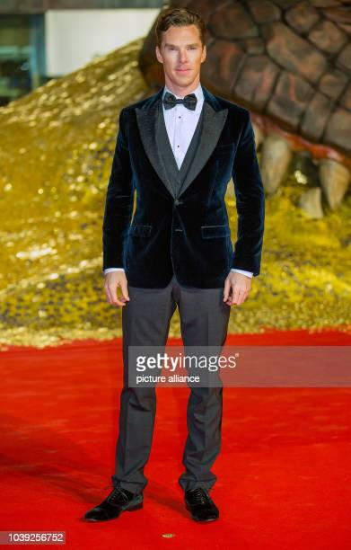 British actor Benedict Cumberbatch arrives for the European premiere of the adventure film 'The Hobbit The Desolation of Smaug' in Berlin Germany 09...