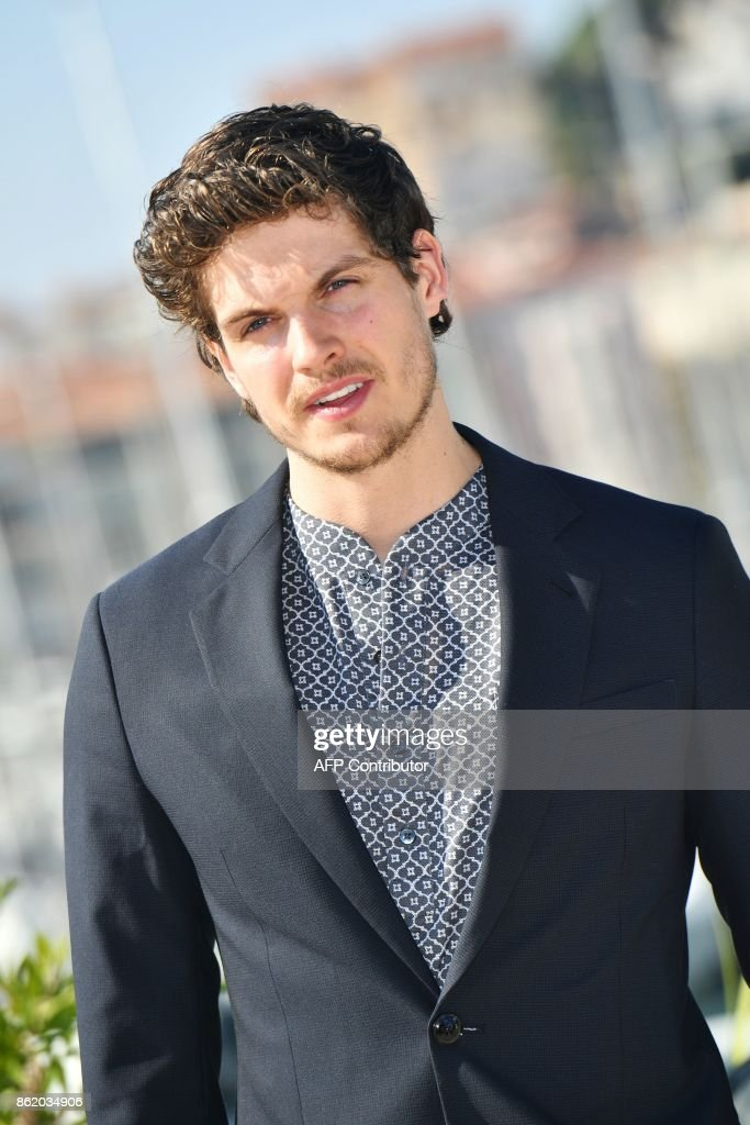 British actor Daniel Sharman poses during the MIPCOM trade show (standing for International Market of Communications Programmes) in Cannes, southern France, on October 16, 2017. /