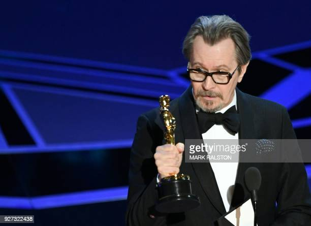 TOPSHOT British actor Gary Oldman delivers a speech after he won the Oscar for Best Actor in 'Darkest Hour' during the 90th Annual Academy Awards...