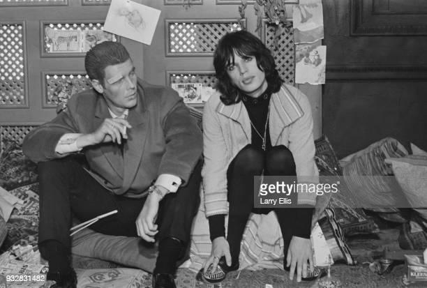 British actor James Fox and British singer-songwriter Mick Jagger on the set of British crime drama film 'Performance', UK, 16th September 1968.