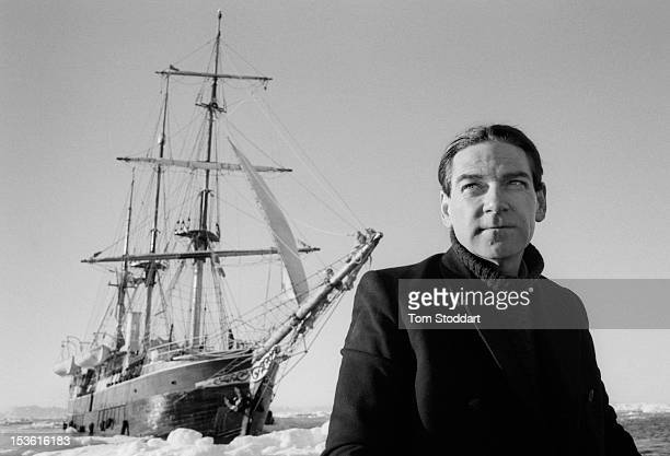 British actor Kenneth Branagh as explorer Sir Ernest Shackleton in the TV serial 'Shackleton' directed by Charles Sturridge Greenland April 2001 In...