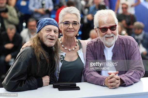 British actor Leon Vitali, British director Stanley Kubrick's stepdaughter Katharina Kubrick and US-German producer Jan Harlan pose during a...